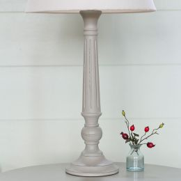 Hand-carved reeded medium wooden lampbase hand-painted in light grey.