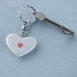 Strawberry Keyring (Accessories)