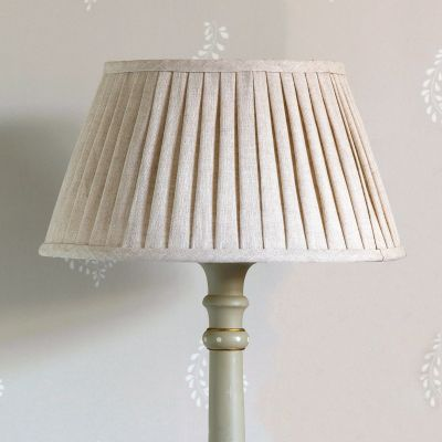 "Plain Linen 12"" Pleated Lampshade"