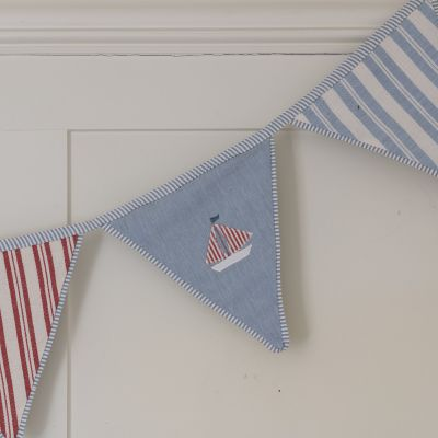 Bunting with birds and boats - True Blue