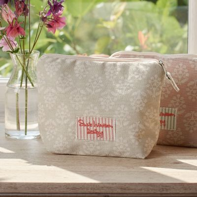 Sprig Makeup Bag
