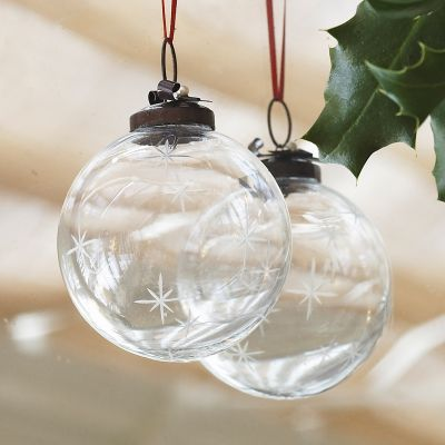 Bauble – Large Star with Bow