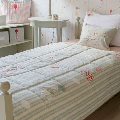 Quilt (Single) - Duck Egg Stripe / Floating (Bed Linen)