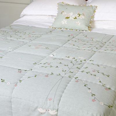 Duck Egg Butterfly Tree Cotton Quilt – King Size
