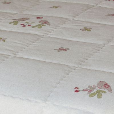 Handmade embroidered quilt - 100% cotton with polyester filling. Linen Applique