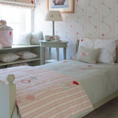 Pink Stripe Floating Cotton Quilt - Single