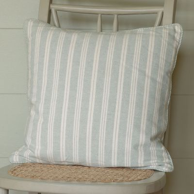 matching piped edge. Feather cushion pad.