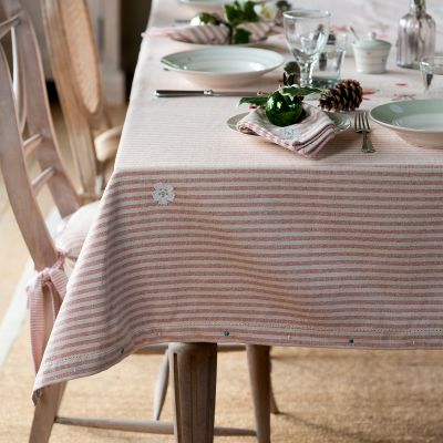 Red Stripe Robin & Rosehip Christmas Tablecloth – Ex Large