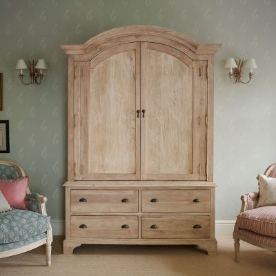 Large Gustavian Armoire - Seconds