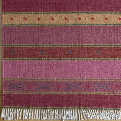 Rose Stripe Kilim Hand-woven Wool Rug - Medium