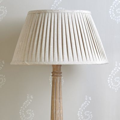 "Plain Linen 16"" Pleated Lampshade"