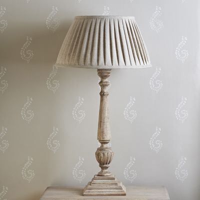 "Plain Linen 18"" Pleated Lampshade"
