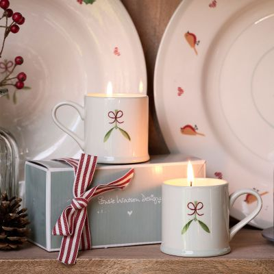Mistletoe - Scented Candles in Espresso Mugs Gift Set