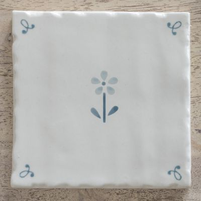 True Blue / Flowerbed Tile