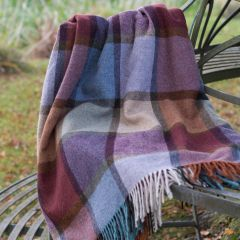 Damson Lambswool Throw