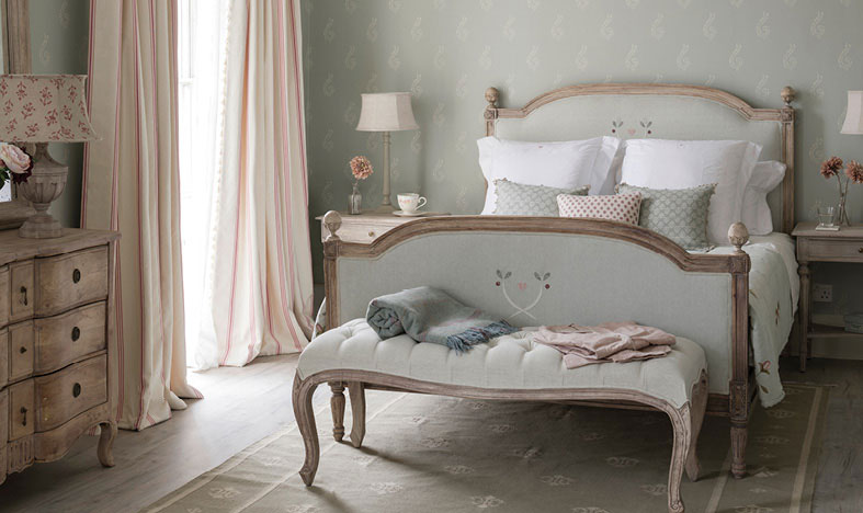 Beautiful Bedding for Summer Sleeping